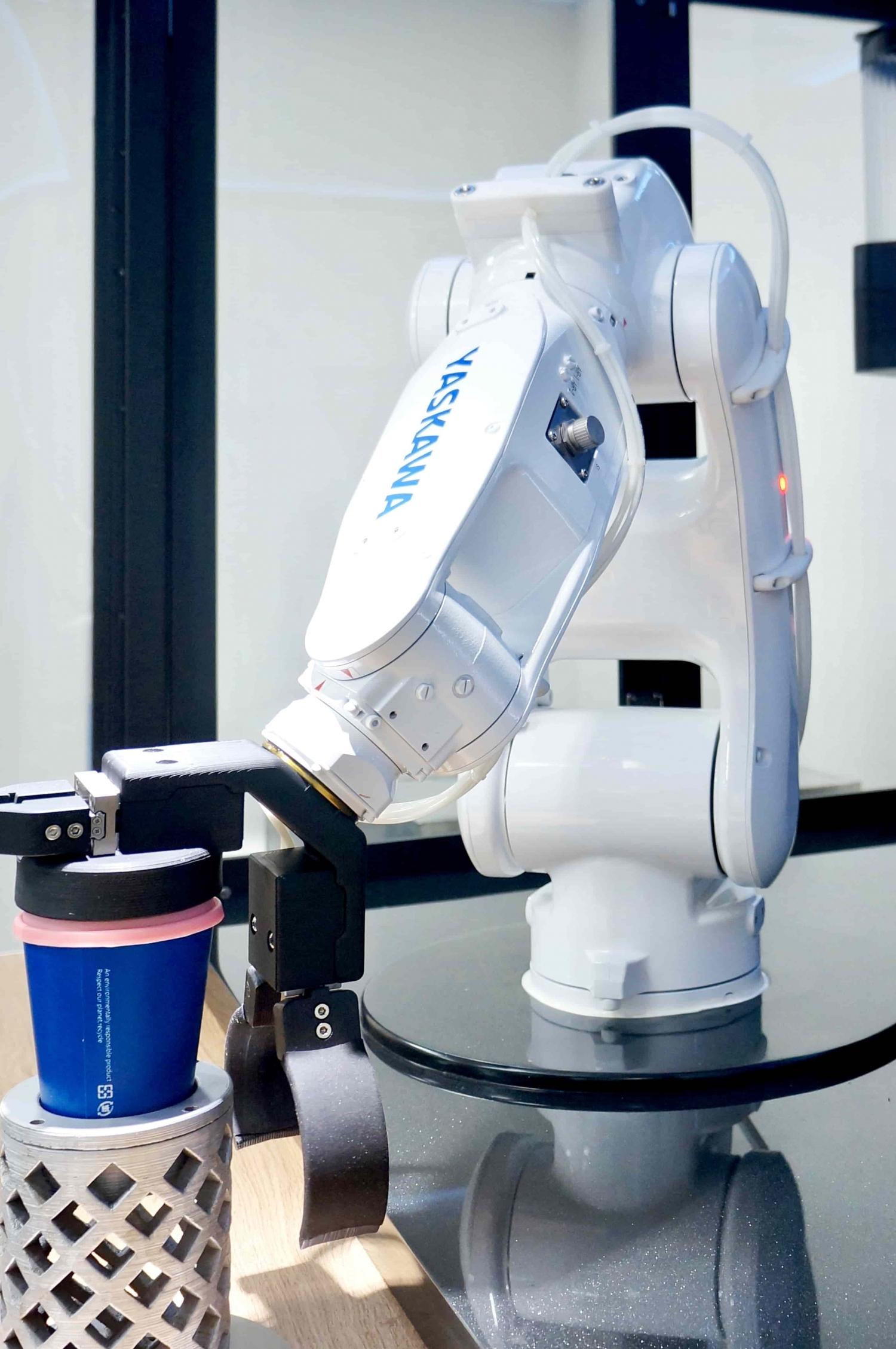 ⑮機器人咖啡機-3-min
