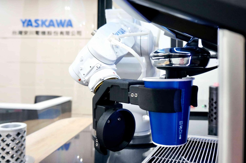 ⑮機器人咖啡機-2-min