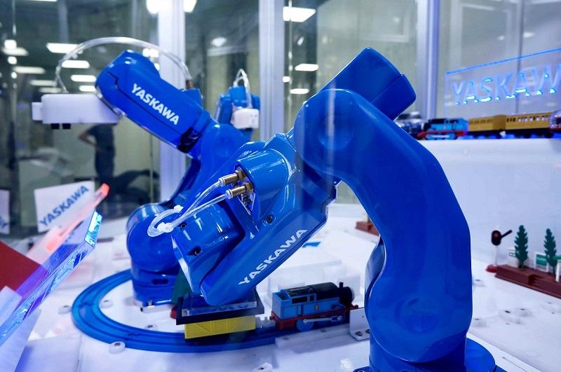 ➃MotoMINI超小型組裝機器人-2-min